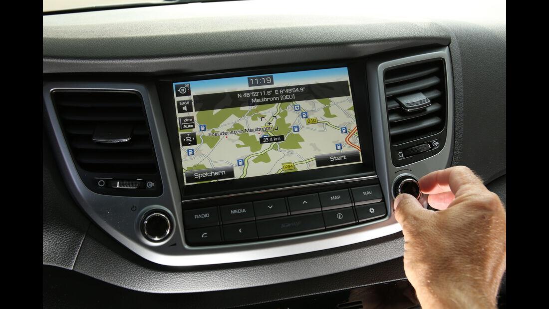 Hyundai Tucson 2.0 CRDi 4WD, Display, Infotainment