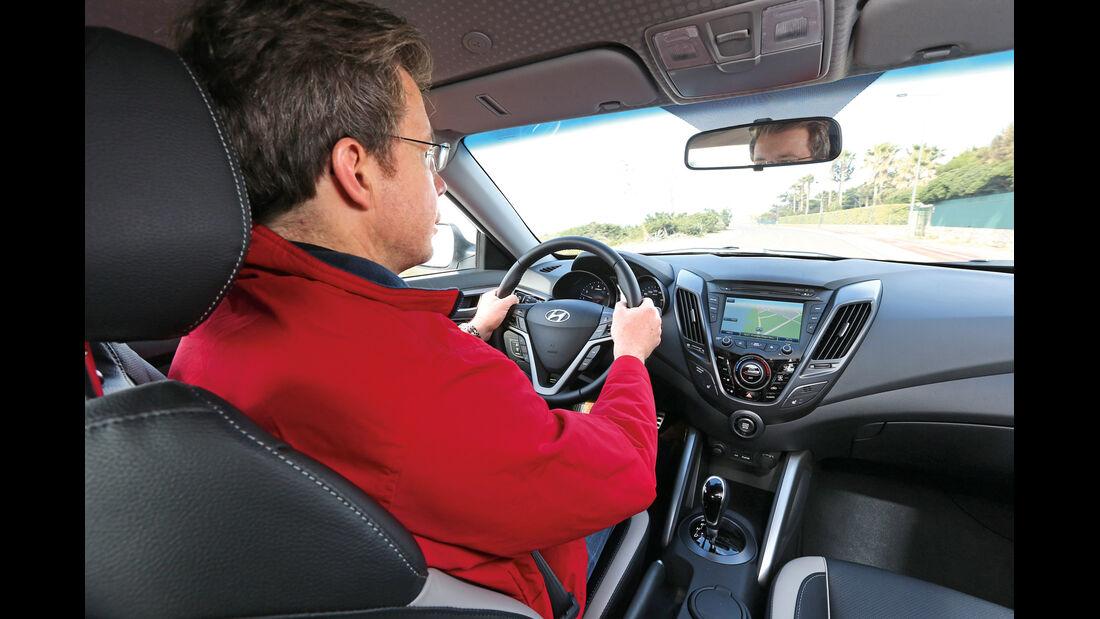 Hyundai Veloster 1.6 Turbo, Cockpit, Fahrer