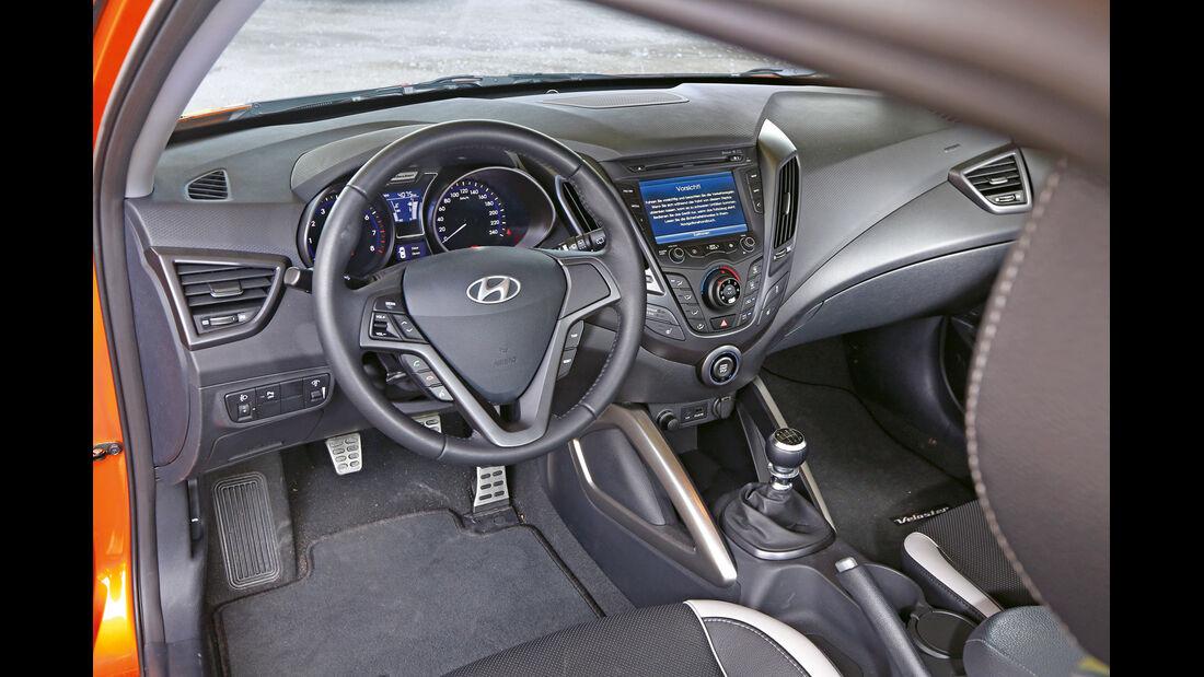 Hyundai Veloster Turbo, Cockpit, Lenkrad
