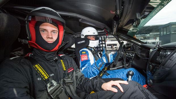 Hyundai Veloster - VLN - Mitfahrt - Markus Schrick