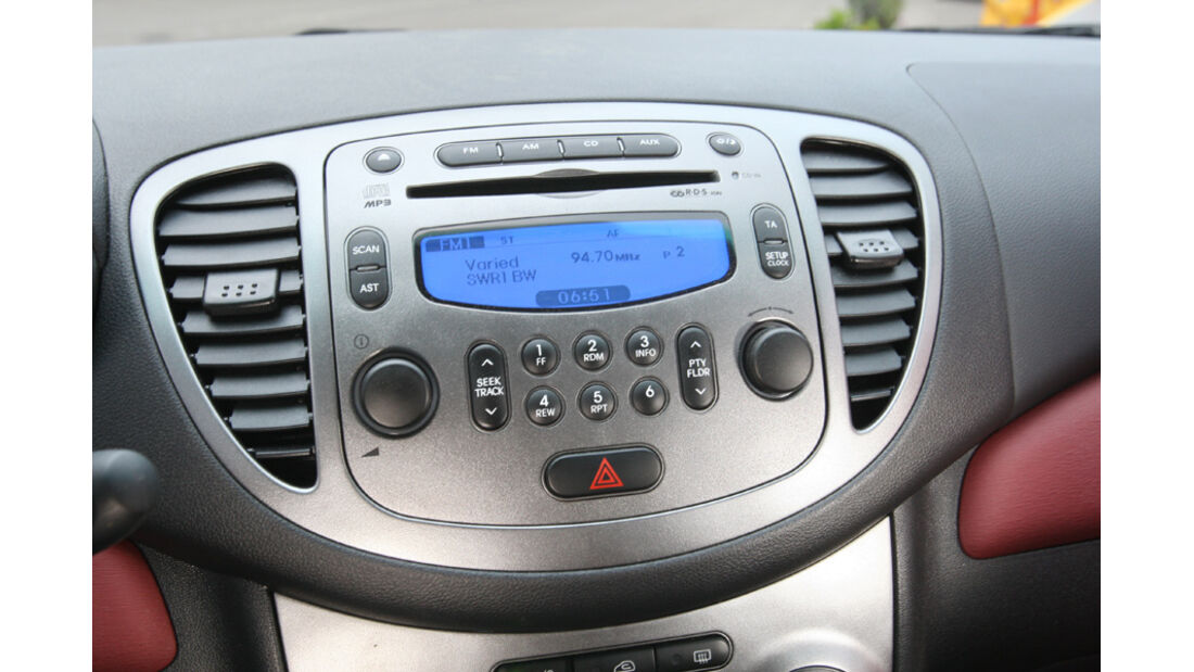 Hyundai i10 1.1 Style, Radio, Mittelkonsole