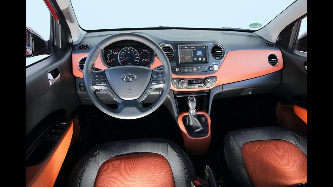 Hyundai i10 1.2, Cockpit