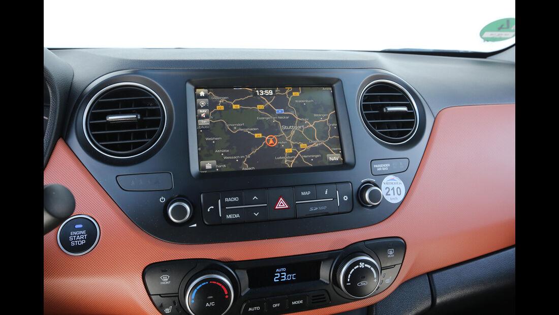 Hyundai i10 1.2, Navi