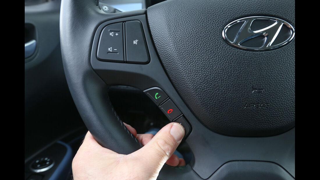 Hyundai i10 Blue 1.0, Lenkradschalter