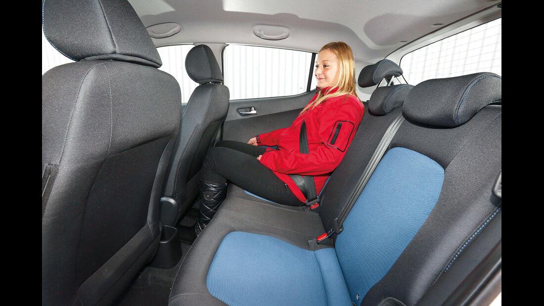 Hyundai i10 blue 1.0 Trend, Fondsitz, Beinfreiheit