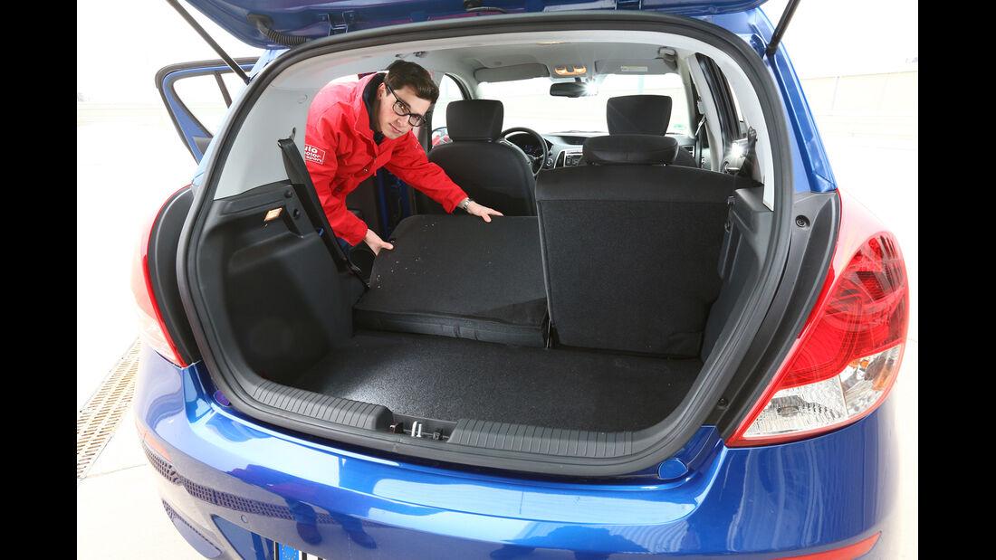 Hyundai i20 1.2,  Kofferraum, Sitz Umklappen