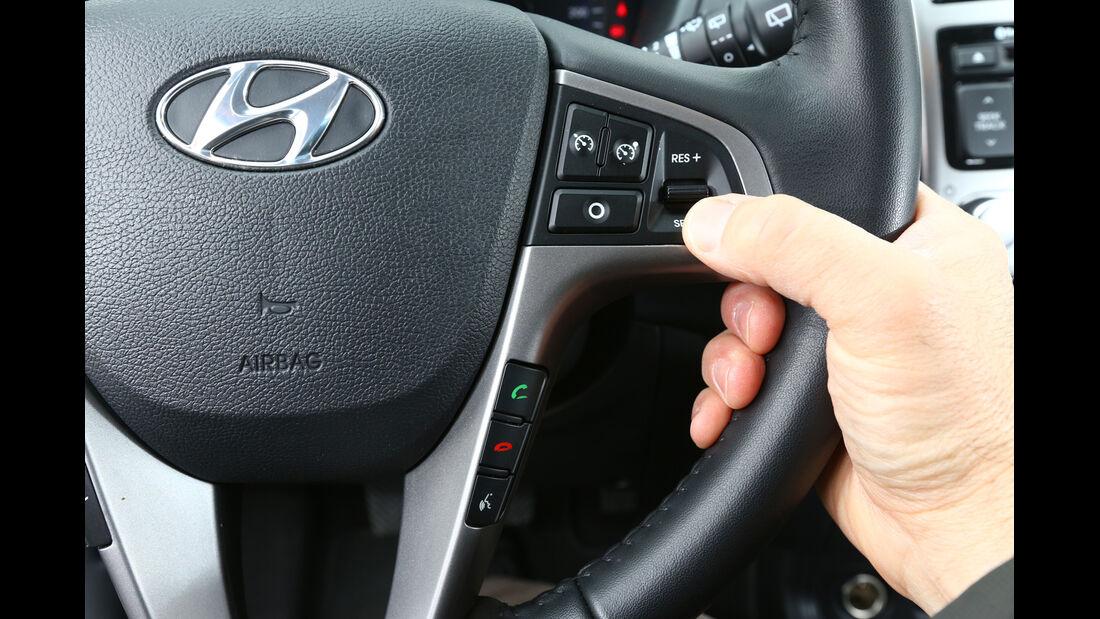 Hyundai i20 1.2, Lenkradschalter