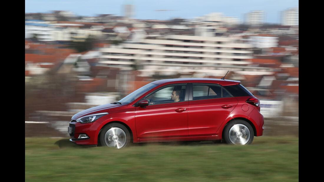 Hyundai i20 1.2, Seitenansicht