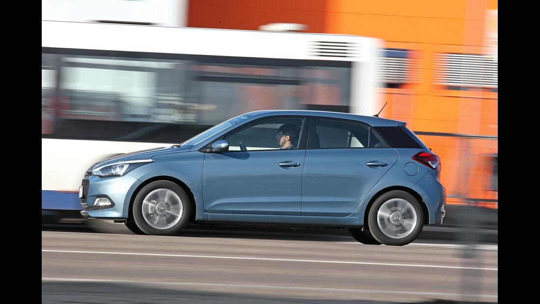Hyundai i20 1.4, Seitenansicht