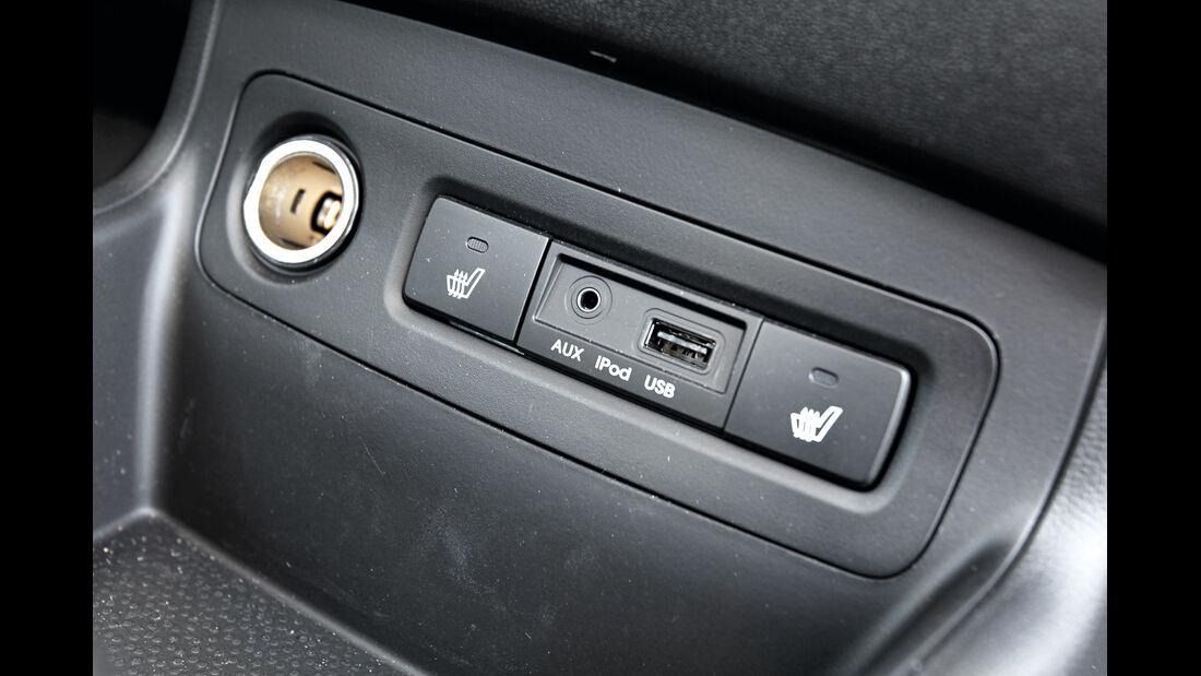 Hyundai i20, Anschluss, Bedienelemente