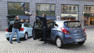 Hyundai i20 Blue 1.1 CRDi Trend, VW Polo 1.2 TDI Blue Motion 87G, Heckansicht