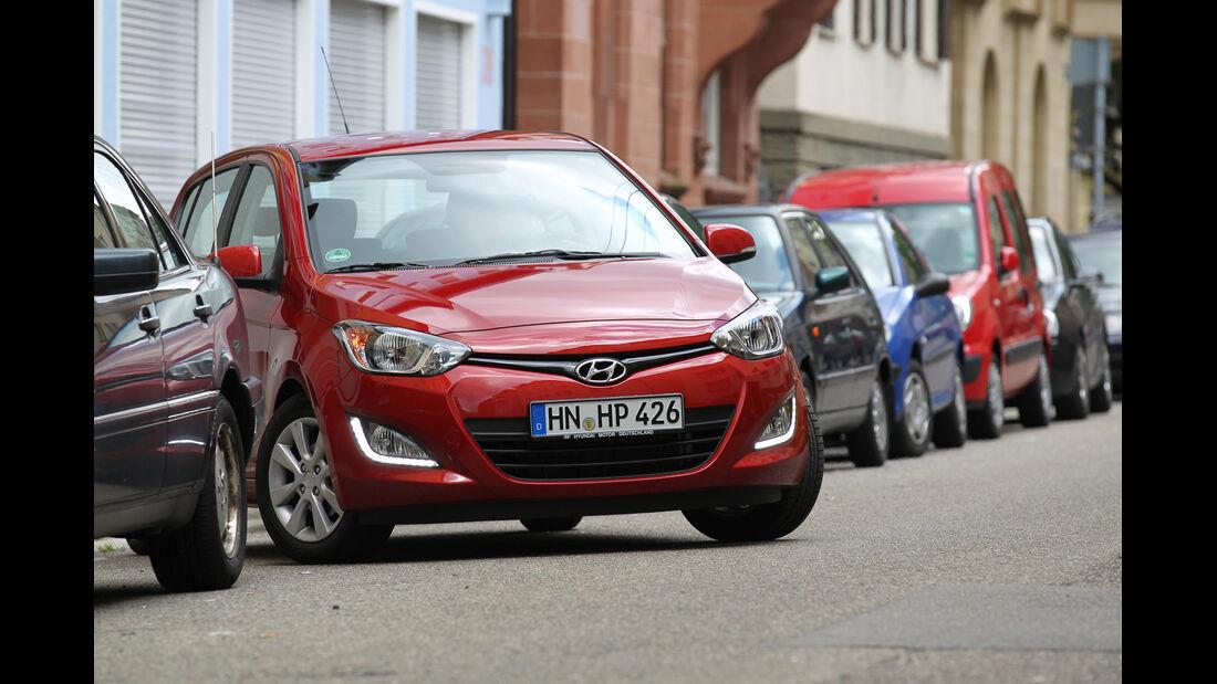 Hyundai i20, Frontansicht, Einpakren