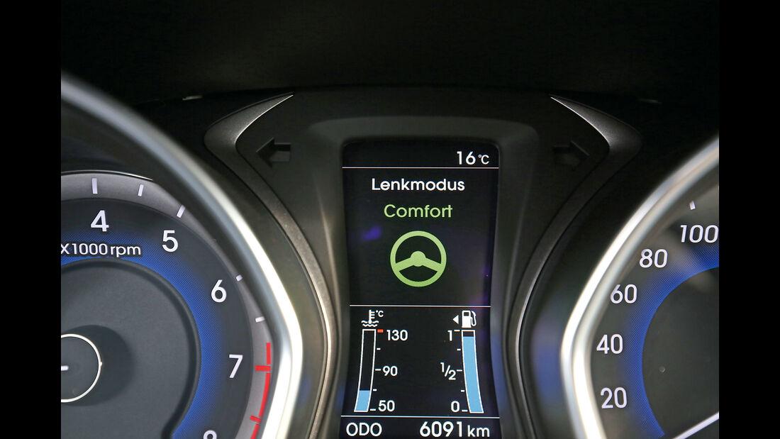 Hyundai i30 1.4, Anzeige, Info