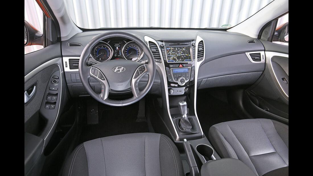 Hyundai i30 1.4, Cockpit
