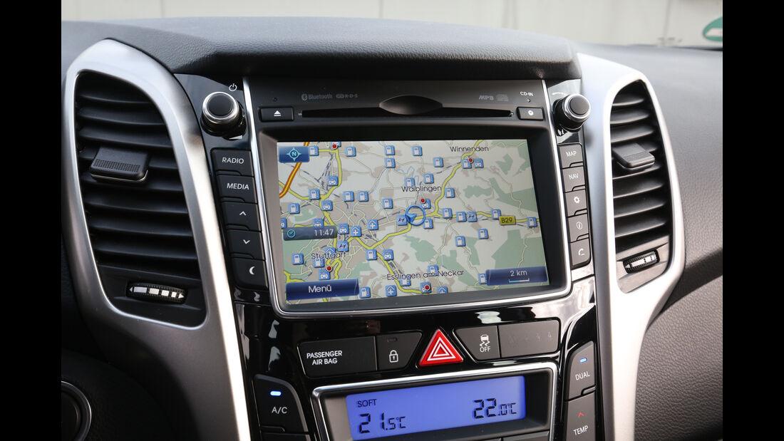 Hyundai i30 1.4, Navi