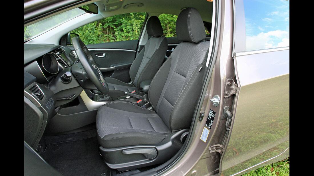 Hyundai i30 1.4 Trend, Fahrersitz