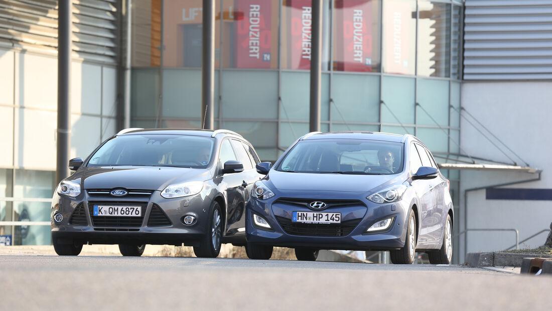 Hyundai i30 1.6 CRDI, Ford Focus 2.0 TDCi, Frontansicht