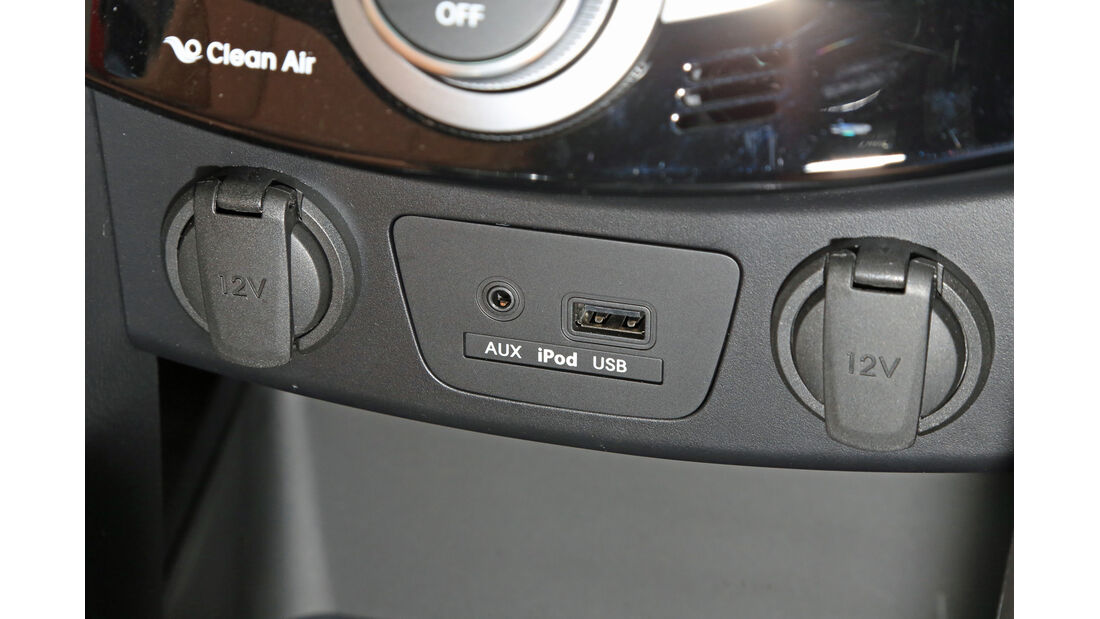 Hyundai i30 1.6 CRDi Coupé, Anschlüsse
