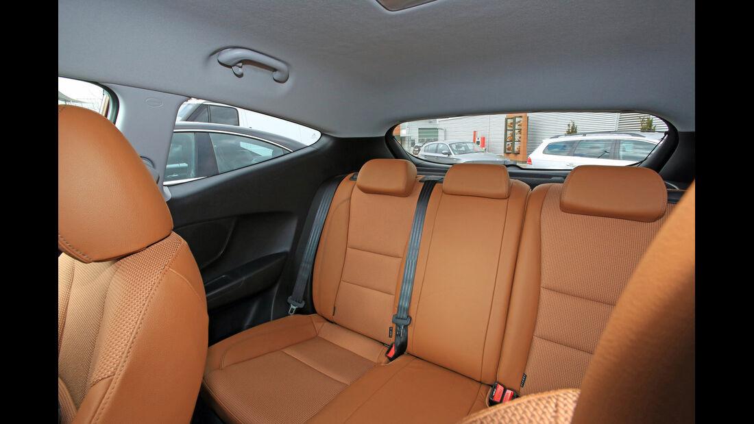 Hyundai i30 1.6 CRDi Coupé, Rückbank