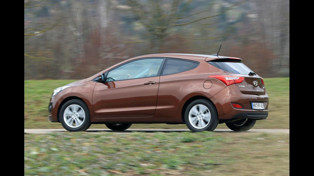 Hyundai i30 1.6 CRDi Coupé, Seitenansicht