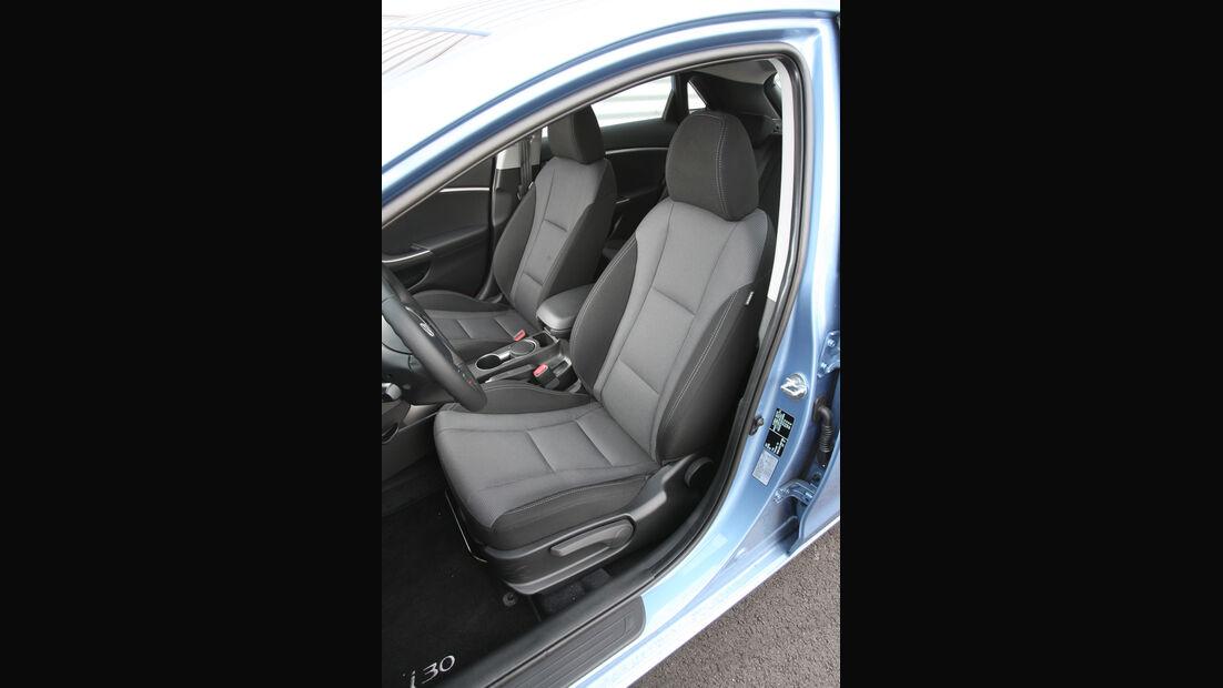 Hyundai i30 1.6 CRDi, Fahrersitz, Vordersitz