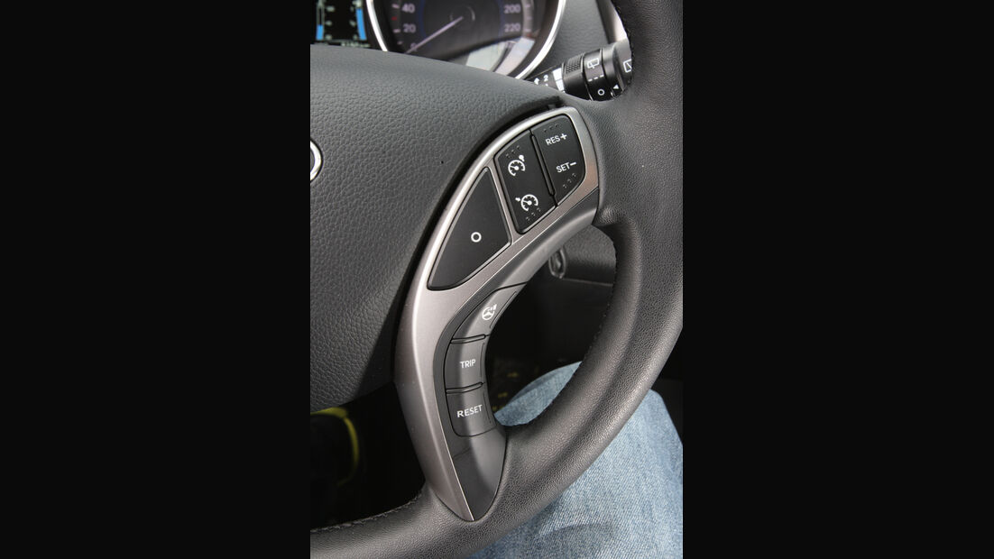 Hyundai i30 1.6 CRDi, Lenkradbedienelemente