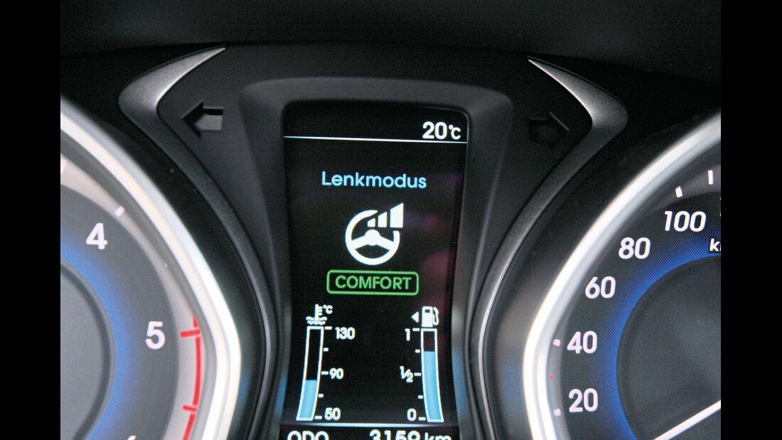 Hyundai i30 1.6 CRDi Trend, Bildschirm, Lenkmodus