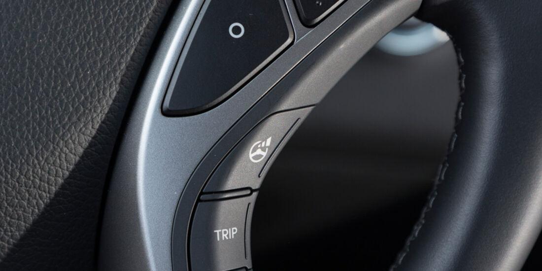 Hyundai i30 1.6 GDi, Lenkradschalter