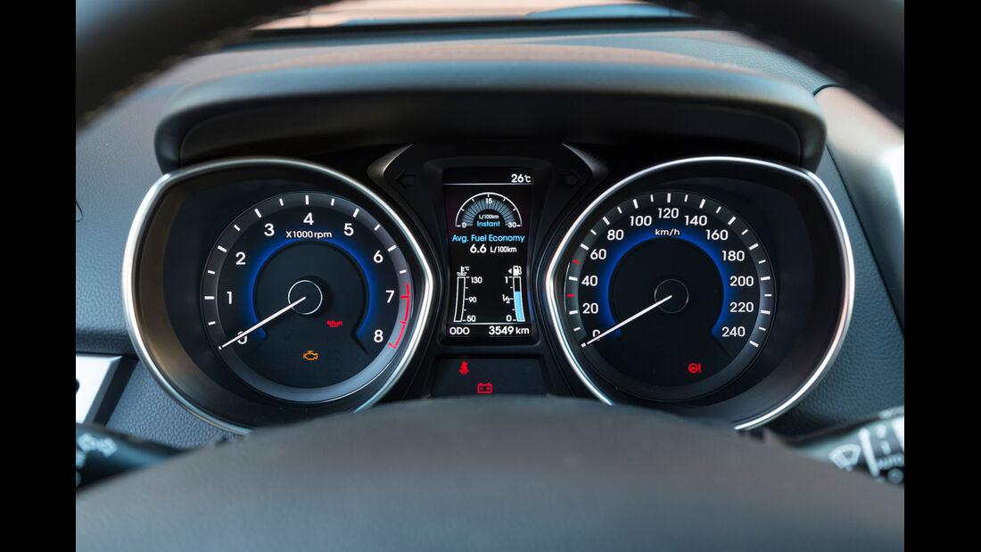 Hyundai i30 1.6 GDi, Rundinstrumente