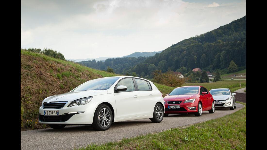 Hyundai i30 1.6, Peugeot 308 125 THP, Seat Leon 1.4 TSI,