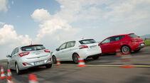 Hyundai i30 1.6, Peugeot 308 125 THP, Seat Leon 1.4 TSI, Heckansicht