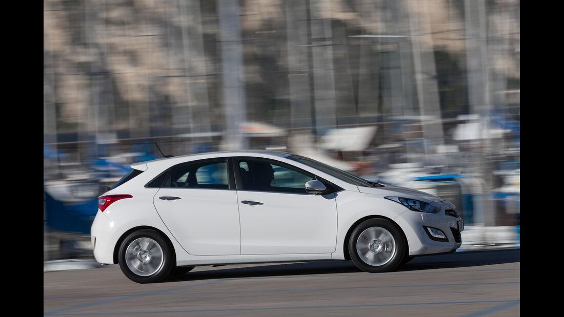 Hyundai i30 1.6, Seitenansicht