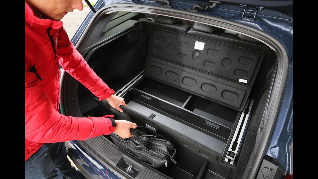 Hyundai i30 Kombi 1.4 T-GDI, Interieur