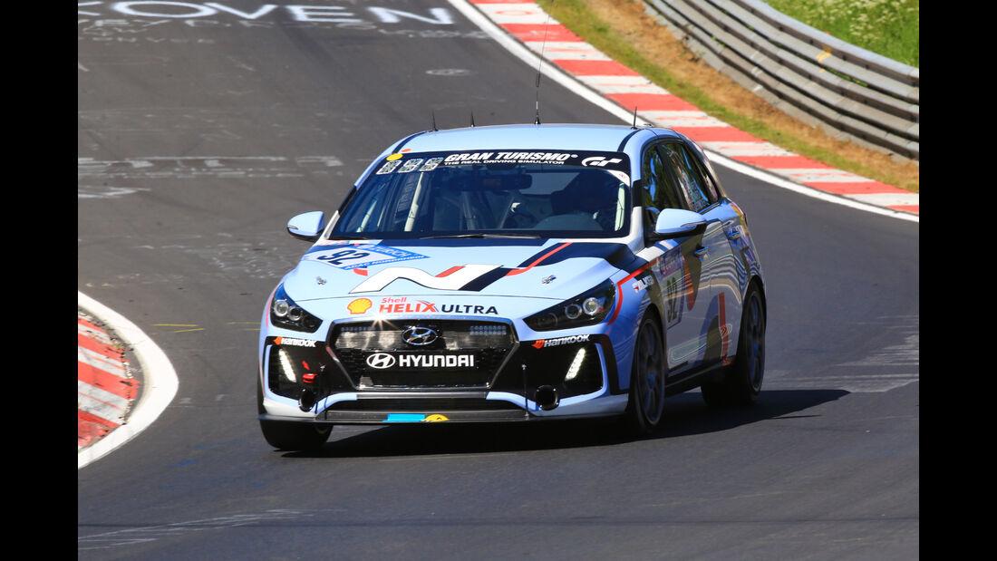 Hyundai i30 N - Startnummer #92 - 24h-Rennen Nürburgring 2017 - Nordschleife - Samstag - 27.5.2017