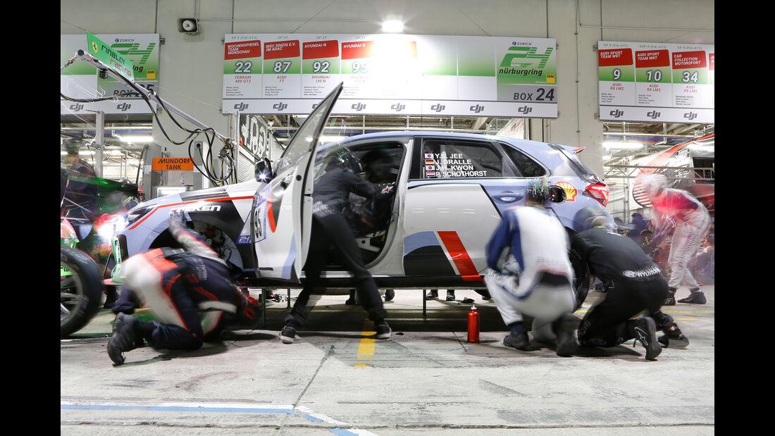 Hyundai i30 N - Startnummer #95 - 24h-Rennen Nürburgring - Nordschleife - Sonntag - 28.5.2017