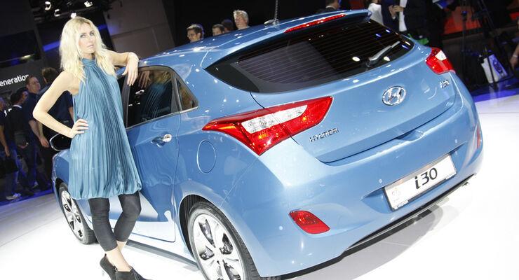 Hyundai plant Hybrid-Modell: i30 Plug-in-Hybrid kommt 2013 - auto ...