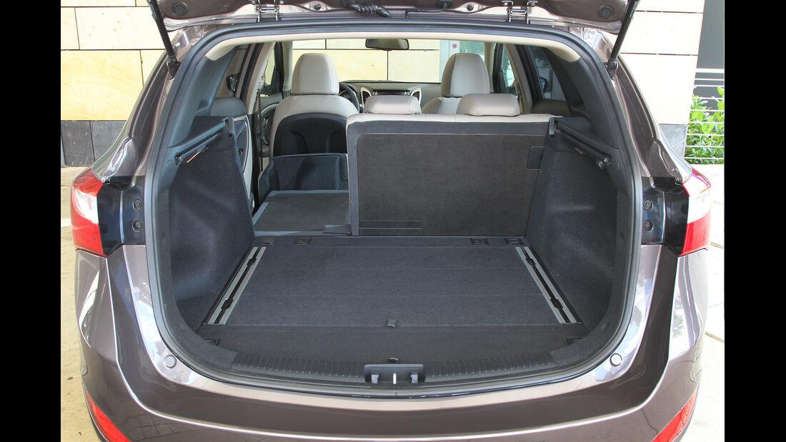 Hyundai i30 cw 1.6 CRDi, Ladefläche