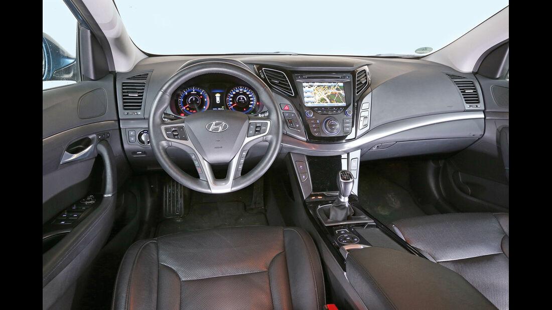 Hyundai i40 1.7 CRDi, Cockpit
