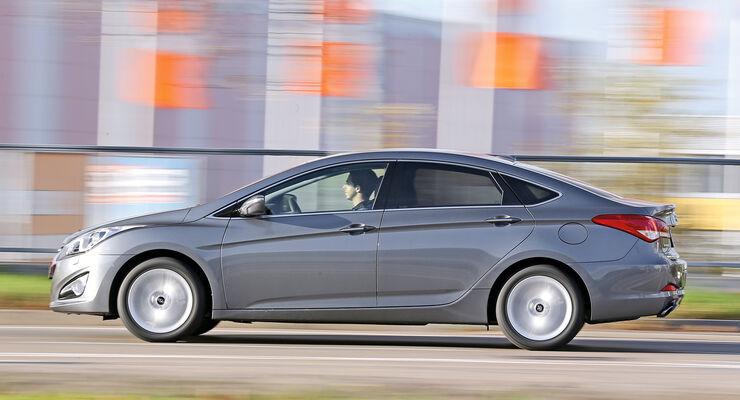 Hyundai i40 2.0, Seitenansicht