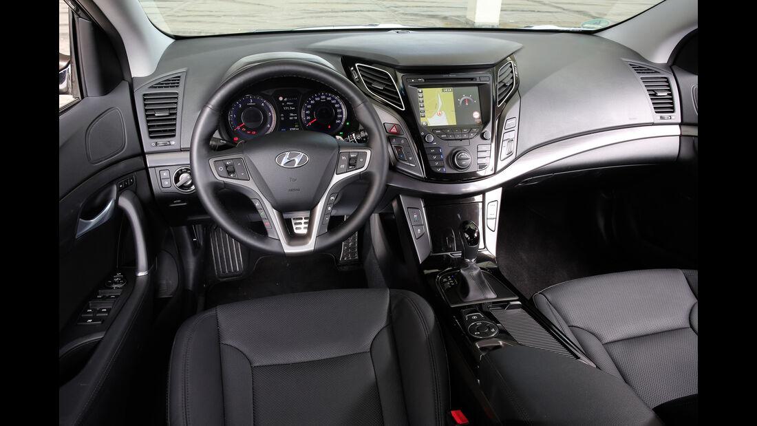Hyundai i40 Kombi 1.7 CRDi, Cockpit