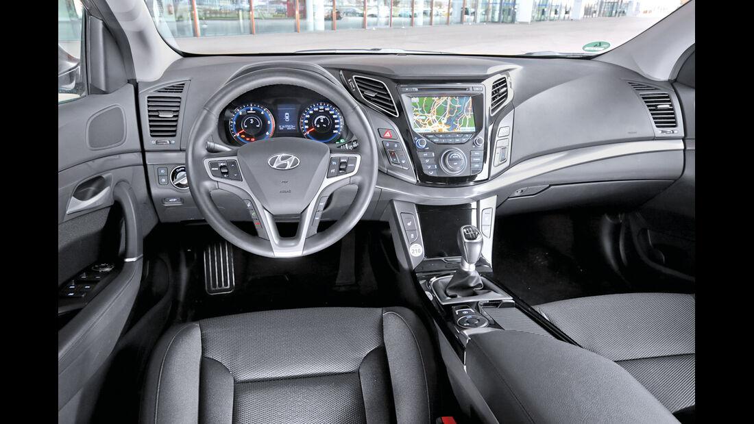 Hyundai i40 Kombi Blue 1.7 CRDi Style, Cockpit