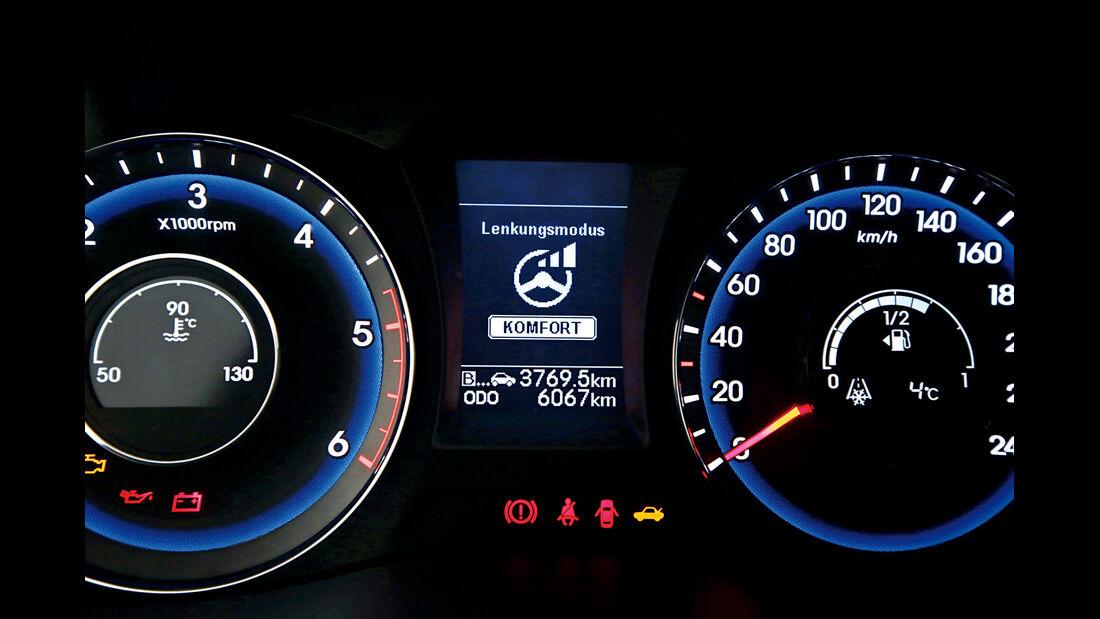 Hyundai i40 Kombi Blue 1.7 CRDi Style, Display, Infotainment