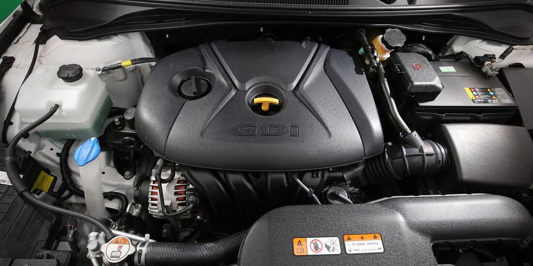 Hyundai i40 Kombi, Motor