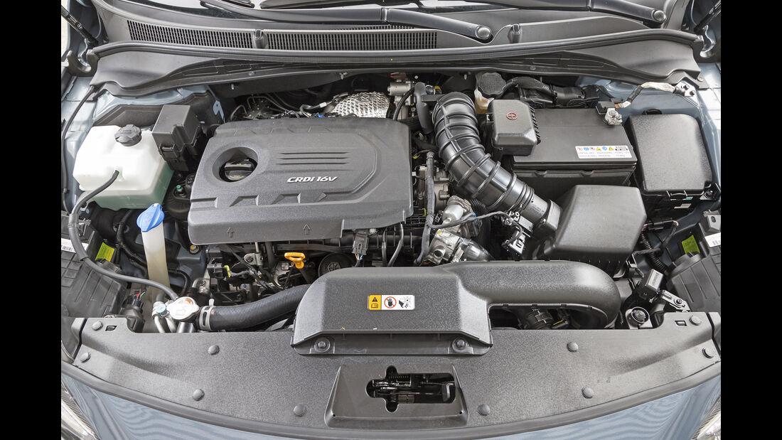 Hyundai i40, Motorraum