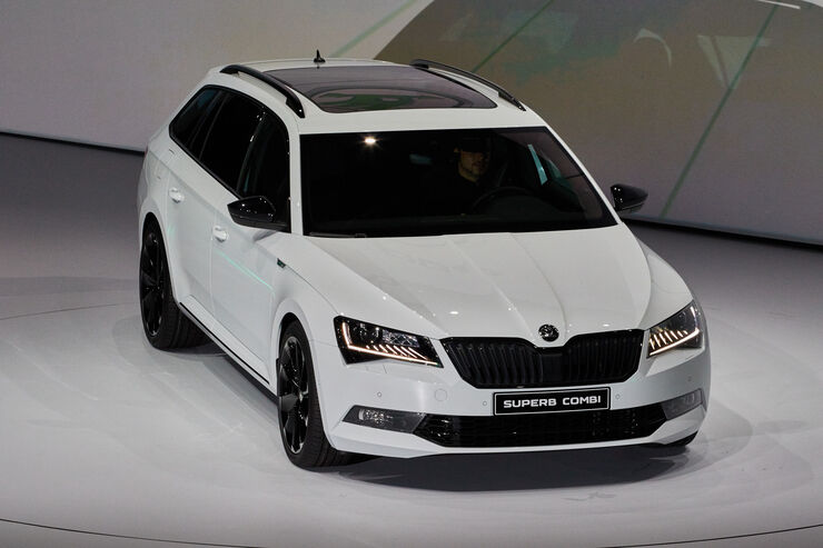 skoda superb combi auf der iaa materialisierter traum vom. Black Bedroom Furniture Sets. Home Design Ideas