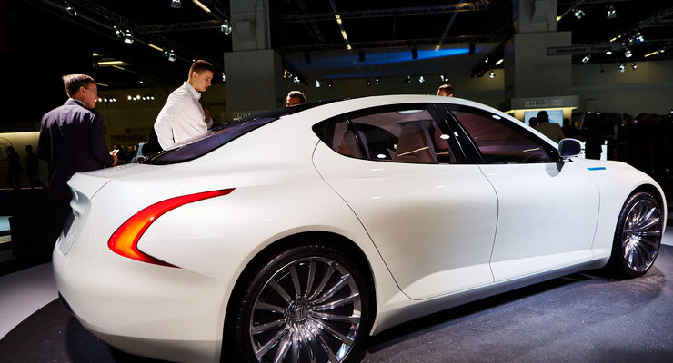 IAA 2015, Thunder Power Sedan