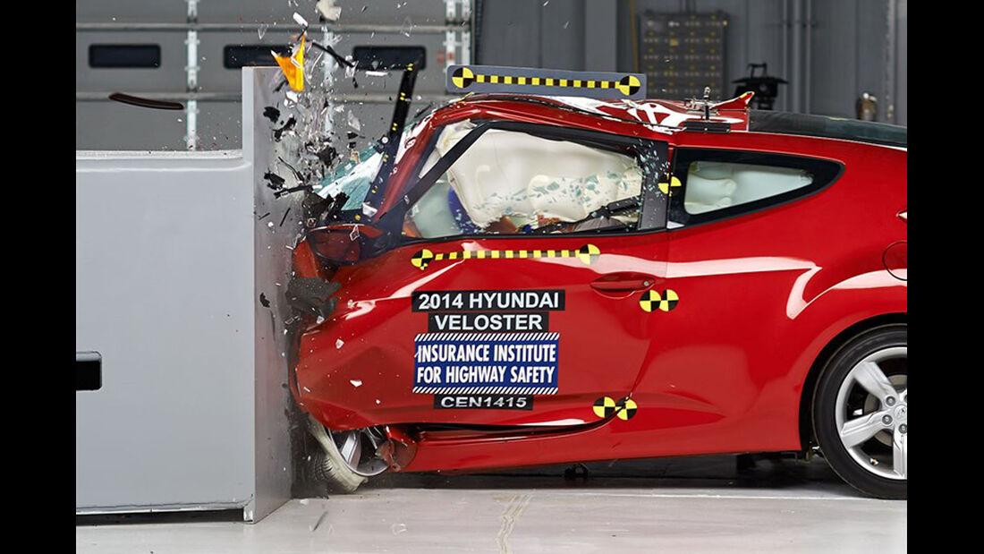 IIHS Crashtest, Hyundai Veloster, 07/2014
