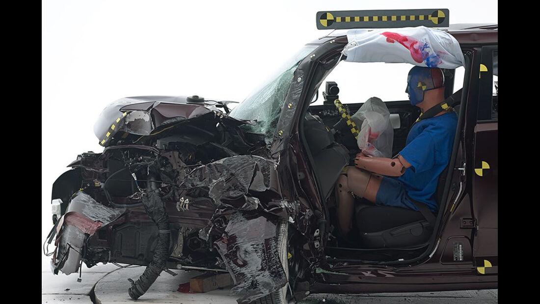 IIHS Crashtest, Scion xb, 07/2014