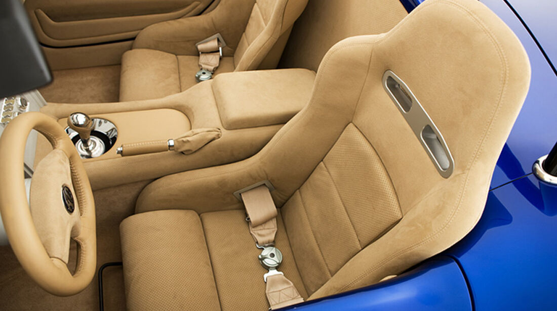 Iconic AC Roadster Sitze