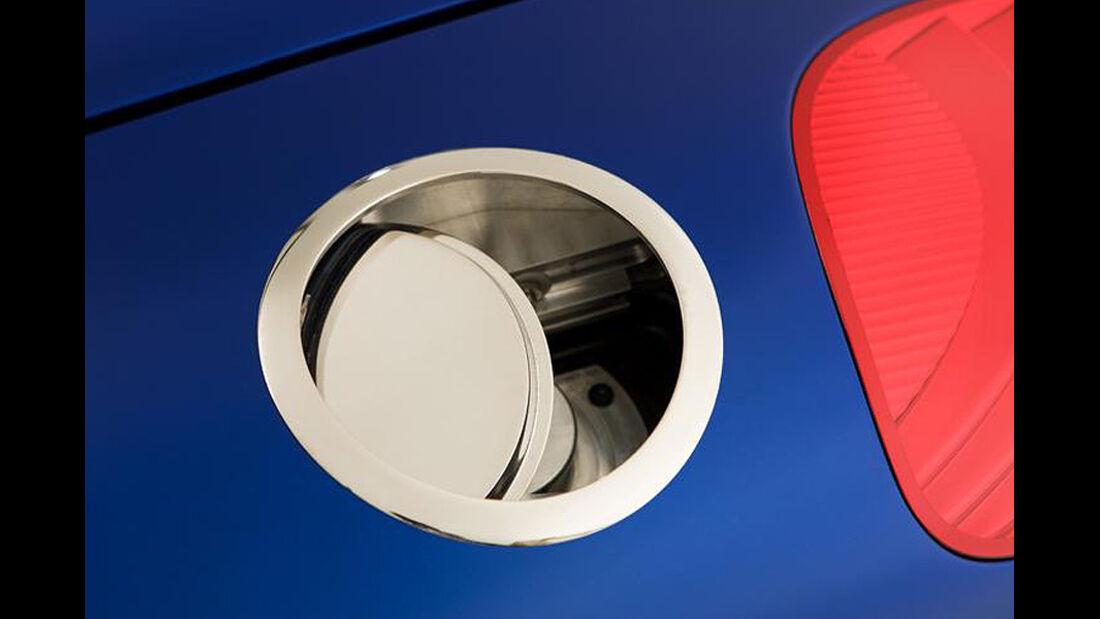 Iconic AC Roadster Tankdeckel
